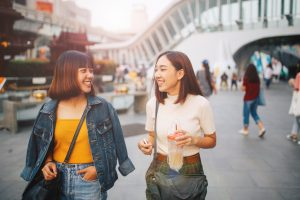 making expat friends abroad